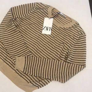 Zara Pullover Sweater - Large